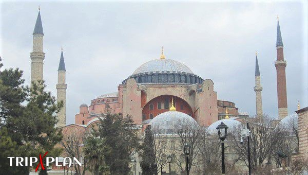 Top Tourist Attractions in Istanbul, Turkey